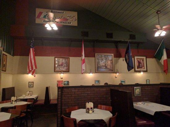 Vinnie R S Italian Restaurant
